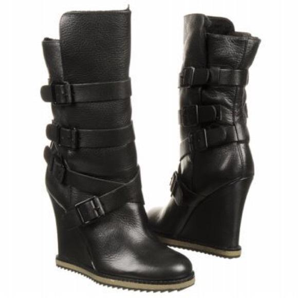 d98b22b9cfd98 Sam Edelman Teresa Wedge Boot. M 5ab1a4a2a6e3ea8ddd8dbb21